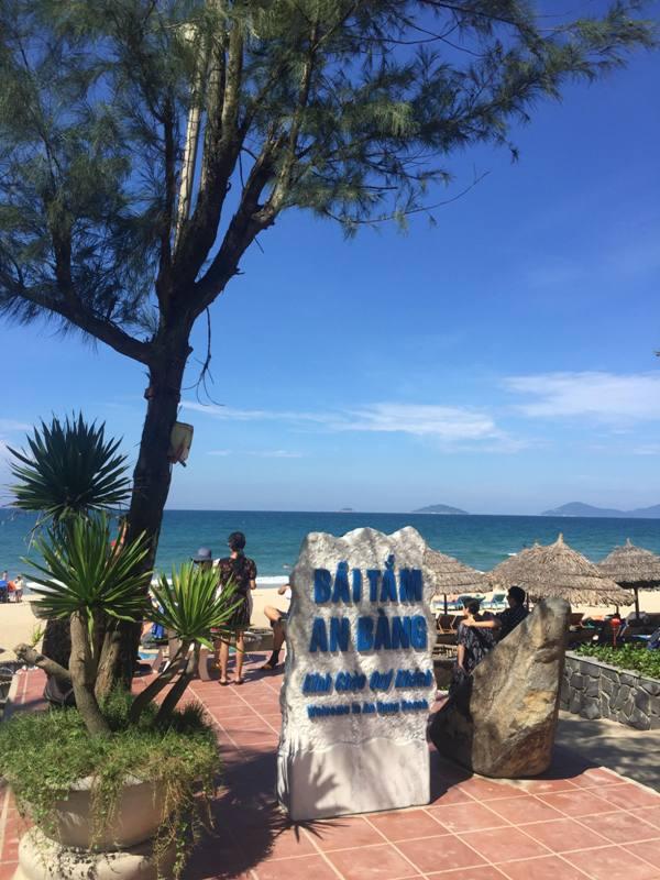 Pantai Vietnam