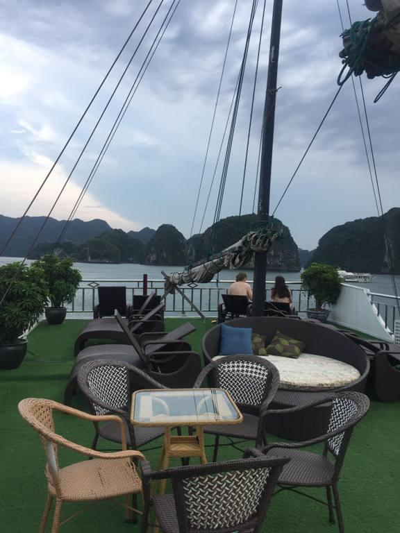 Cruise Ha Long Bay Vietnam