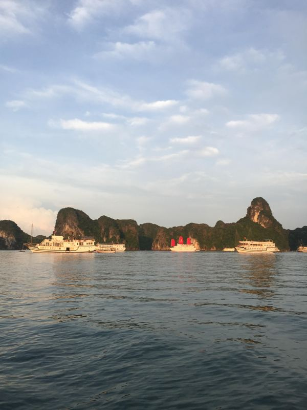 Cruise Ha Long Bay Vietnam