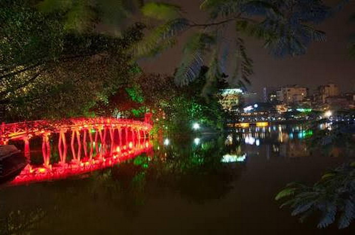 Old Quarter dan Danau Hoan Kiem, Hanoi, Vietnam