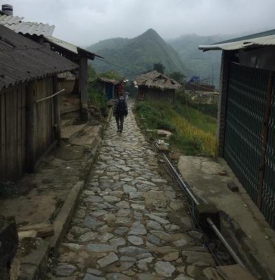 Trekking ke Cat Cat Village, Mengintip Rumah Suku Minoritas Vietnam