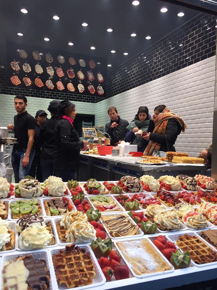 Mencicip Waffle, Frites dan Cokelat Belgia di Bruges