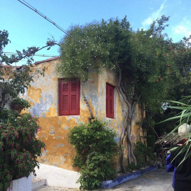 Liburan ke Athena : Anafiotika, Desa Mirip Santorini di Tengah Kota Athena, Yunani