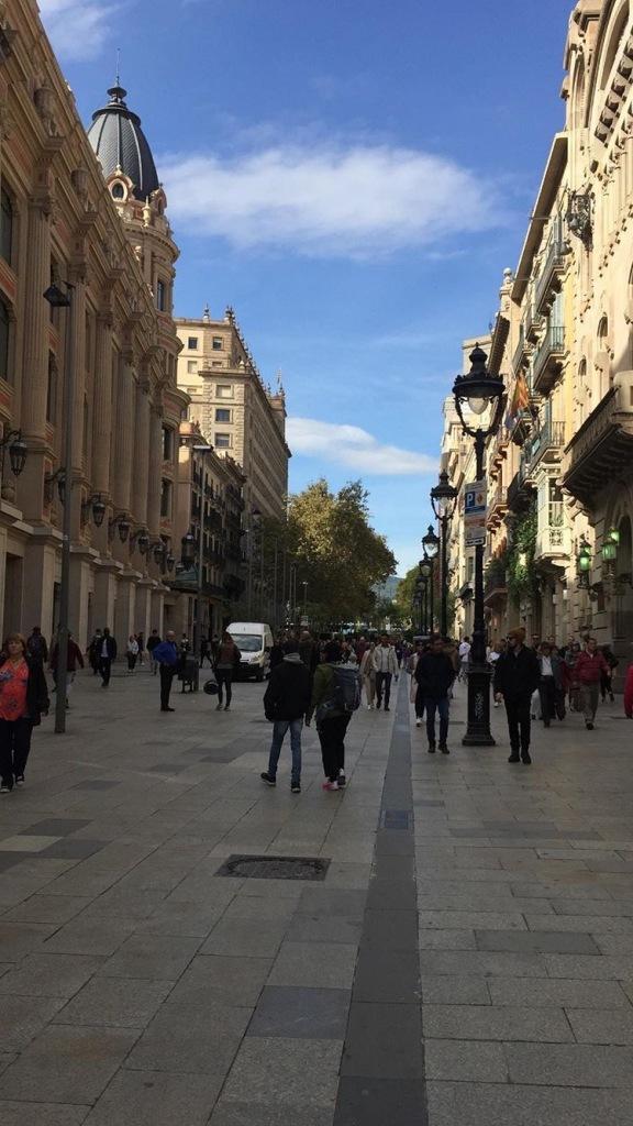 Jalan-jalan ke Barcelona